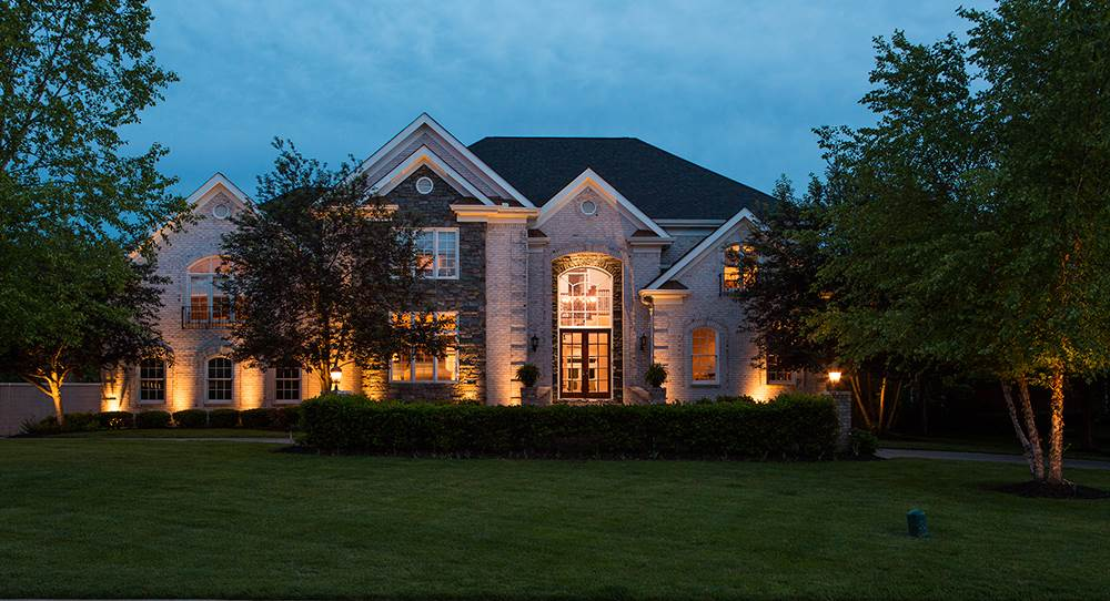 Video: Exquisitely Renovated Brentwood Home for Sale