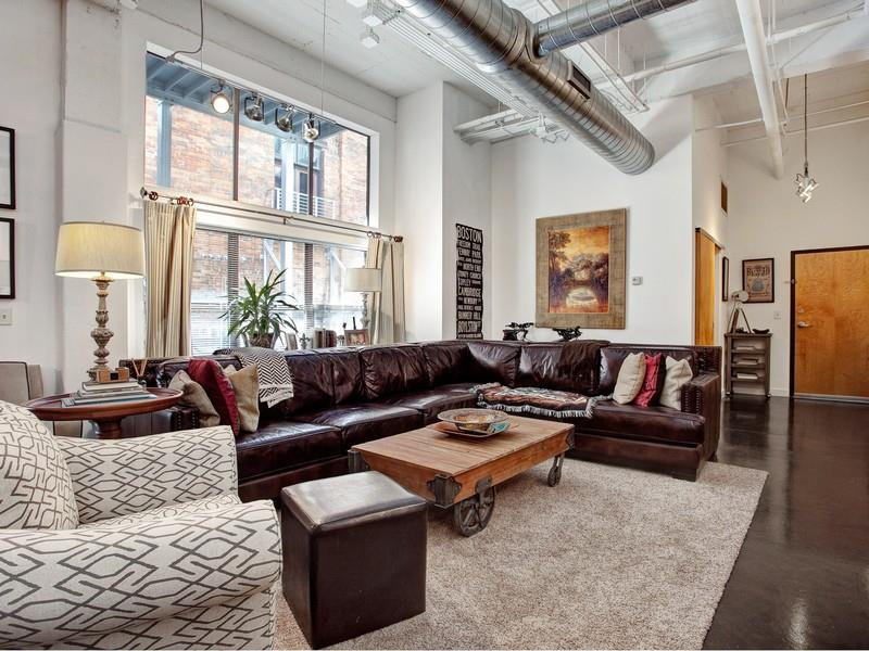 Video Downtown Nashville Loft For